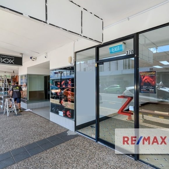 FOR LEASE - Retail - 2/368 Logan Road, Stones Corner, QLD 4120