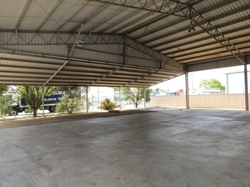 6-8 McCosker Street, Emerald, QLD 4720 - Sold - Industrial - ID: 231612