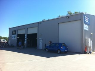 FOR LEASE - Industrial | Showrooms - 2/28 Campbell Street, Mackay, QLD 4740