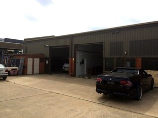 SALE / LEASE - Industrial | Showrooms - 4, 54-56 Townsville Street, Fyshwick, ACT 2609