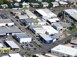 FOR SALE - Retail | Showrooms | Industrial - 10 Cottell Street, Hyde Park, QLD 4812
