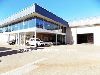 FOR LEASE - Offices | Industrial | Showrooms - Wetherill Park, NSW 2164