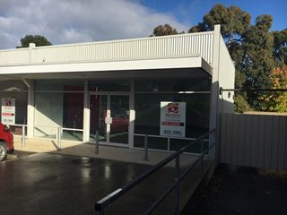 FOR LEASE - Offices | Medical | Showrooms - Shop 6/46-50 Victoria Road, Mount Barker, SA 5251