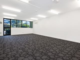 FOR LEASE - Offices | Medical | Showrooms - Suite 5/895 Pacific Highway, Pymble, NSW 2073