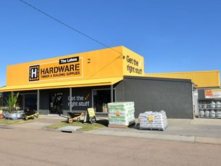 FOR SALE - Retail | Showrooms | Industrial - 5 - 11 Stock Street, Lakes Entrance, VIC 3909