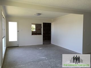 105 Anzac Ave, Redcliffe, QLD 4020 - Property 228343 - Image 2