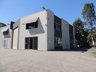 FOR LEASE - Industrial | Showrooms - Stapylton, QLD 4207