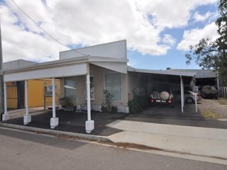 FOR LEASE - Offices | Retail | Showrooms - 30 French Street, Pimlico, QLD 4812