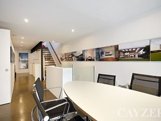 5 Emerald Way, South Melbourne, VIC 3205 - Property 245406 - Image 2
