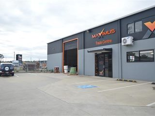 FOR SALE - Offices - (Unit 7)/11 Kyle Street, Rutherford, NSW 2320