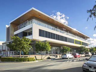 FOR SALE - Investment | Offices | Retail | Medical - 204/14 Bruce Avenue, Paradise Point, QLD 4216