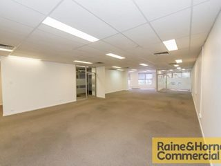 FOR LEASE - Offices | Showrooms - Level 1/37 Boundary Street, South Brisbane, QLD 4101