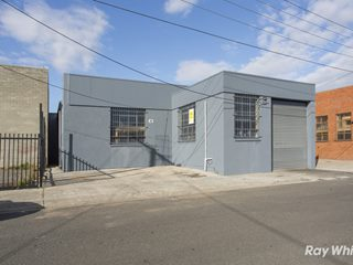 FOR LEASE - Industrial - 42 Regent Street, Oakleigh, VIC 3166