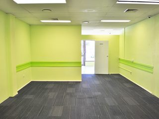 Shop 4/390 Kingston Rd, Slacks Creek, QLD 4127 - Property 262486 - Image 3