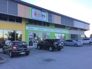 FOR LEASE - Retail | Showrooms - 2/14 Burke Crescent, North Lakes, QLD 4509