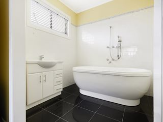 13 Clifton Court, Portland, VIC 3305 - Property 300652 - Image 9
