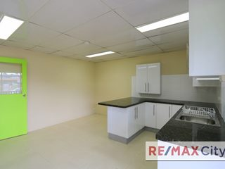 1025 Stanley Street East, East Brisbane, QLD 4169 - Property 318424 - Image 5