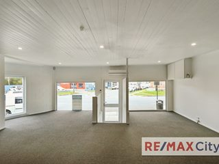 1032 Stanley Street East, East Brisbane, QLD 4169 - Property 327452 - Image 2