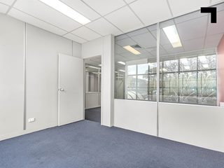 First Floor, 295-297 Canterbury Road, Canterbury, VIC 3126 - Property 367621 - Image 3