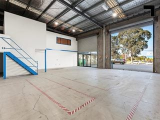 Rear, 185 Fairbairn Road, Sunshine West, VIC 3020 - Property 368936 - Image 5